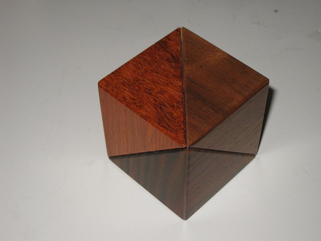Kamei's Cube Box