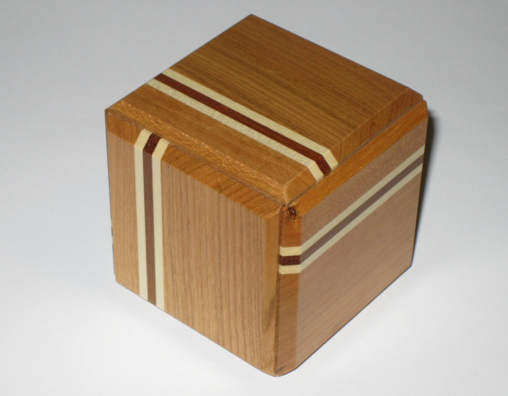 Displaying Images For - Wooden Boxes With Secret Compartments Plans...